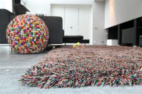 teppiche wolle modern hochflor teppich aus wolle schafft eine behagliche atmosph 228 re