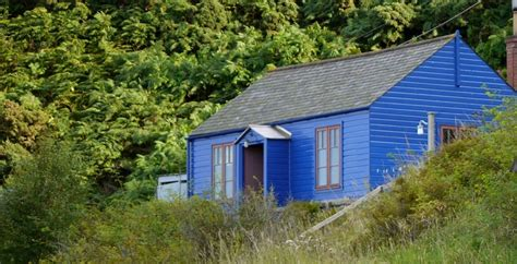 The Blue Cabin By The Sea by Hideaway Cottage Vernon S 100 Best Guide To Hideaway