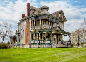 Queen Anne Victorian Homes queen anne victorian 1897 for sale osceola ia hooked on houses