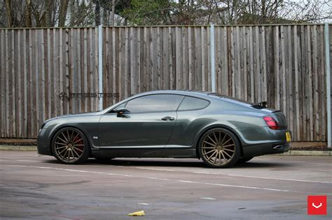 bentley supersport bentley continental gt supersports struts its new shoes