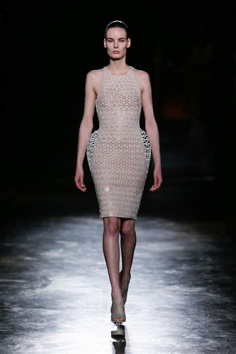 Is Fashionable by Iris Herpen Catwalk Fashion Show Womenswear Fw2016