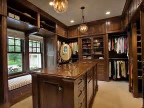 luxury walk in closets pictures home design ideas good idea for small walk in closet mi casa es su casa