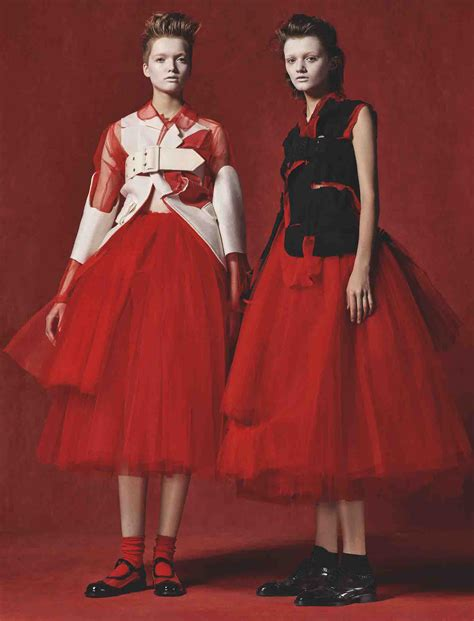 In The Of The Reviewer Comme Des Garcons by Book Review Rei Kawakubo Comme Des Gar 231 Ons Of The In
