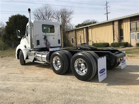 used t680 for sale used 2014 kenworth t680 tandem axle daycab for sale in ms