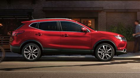 red nissan sports 2018 nissan rogue sport new car release date and review