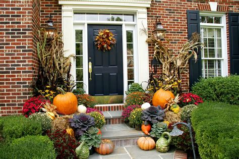 awesome fall front porch door decor ideas  welcoming