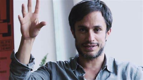 actor mexicano gael garcia el actor gael garc 237 a bernal se burla del victimismo de los