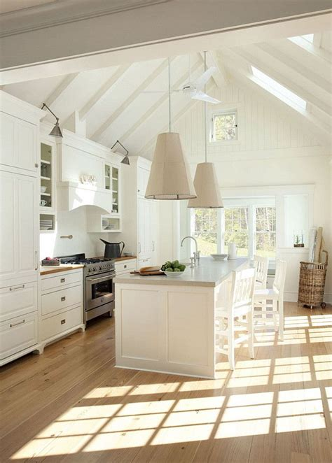 vaulted kitchen ceiling ideas best 25 cathedral ceilings ideas on pinterest dream