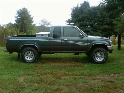 toyota tacoma jacked up jacked up toyota tacoma 4x4 for sale autos post
