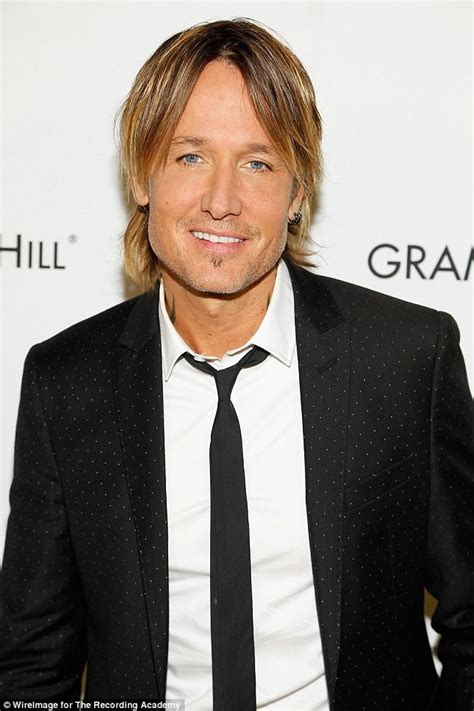 urban hair color pictures keith urban appears to have dyed his hair again daily