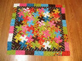whirly gig free quilt pattern by happy quilting