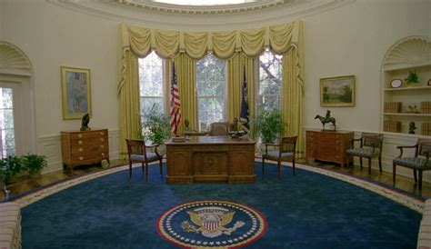 oval office white house president elect trump s white house remodeled in five hours from paint to shower heads