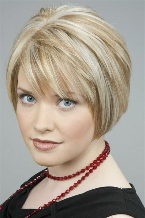 fine thin hairstyles for women layered and with round face short layered bob hairstyles for fine hair hair styles