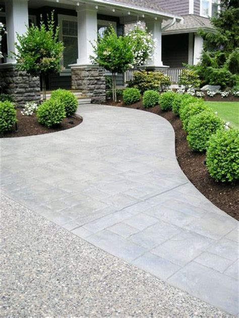 front yard driveway ideas 25 best ideas about front yard walkway on