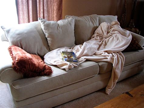how to use a throw on a sofa heroine status baby it s cold outside