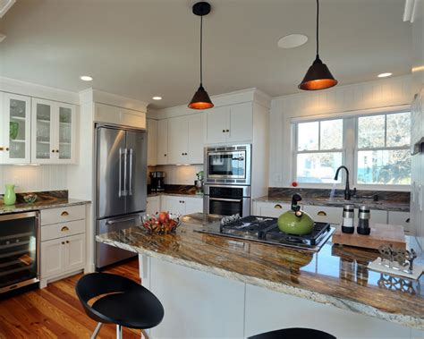 House Plans With Large Kitchens And Pantry by Small Beach House Lives Big Beach Style Kitchen