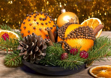 diy holiday decor idea spiced citrus pomanders orange
