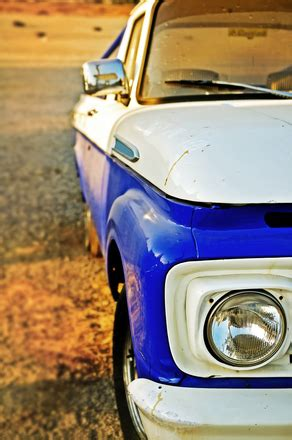free old pickup stock photo freeimages.com