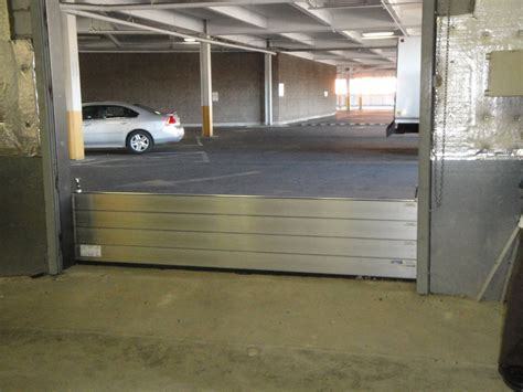Garage Door Barrier Flood Plank Ps Flood Barriers