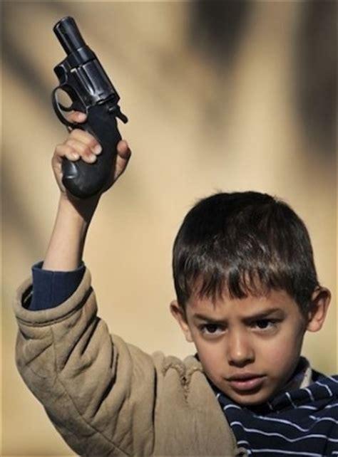 child soldiers abhb524 s blog vice on sunni child soldiers in tripoli blog baladi