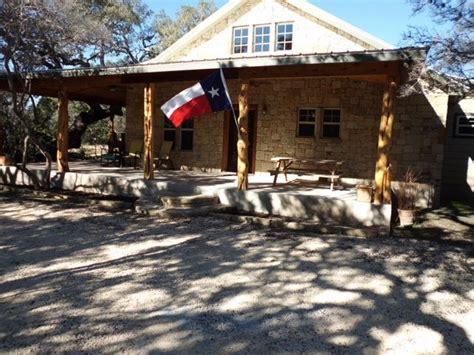 Cabin Rentals Concan Tx by Los Laureles New Cabin In Concan Vrbo