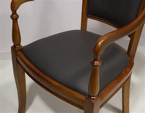 Fauteuil Noir 2684 fauteuil ine en merisier massif de style louis philippe