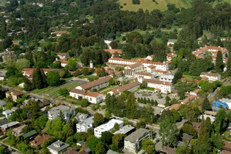 Berkeley Search Search For 2 After Room Robbery In Berkeley Berkeleyside
