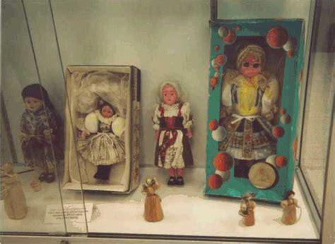 corn husk dolls czechoslovakia louisiana museum