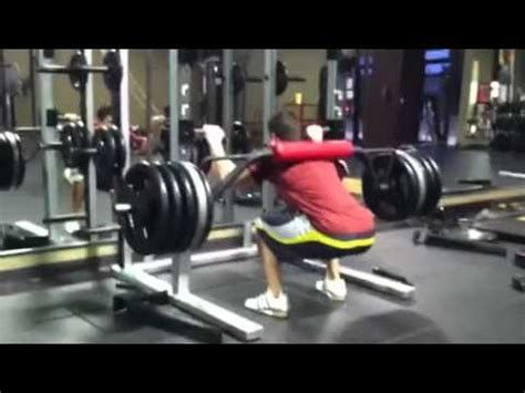 top squat bar 505 for reps on safety squat bar youtube