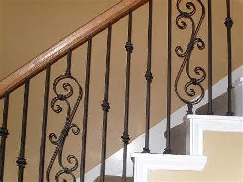 Rod Iron Banister by Best 20 Wood Stair Railings Ideas On