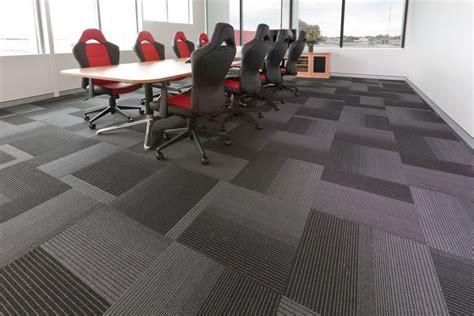 grey carpet tiles in dubai across uae call 0566 00 9626