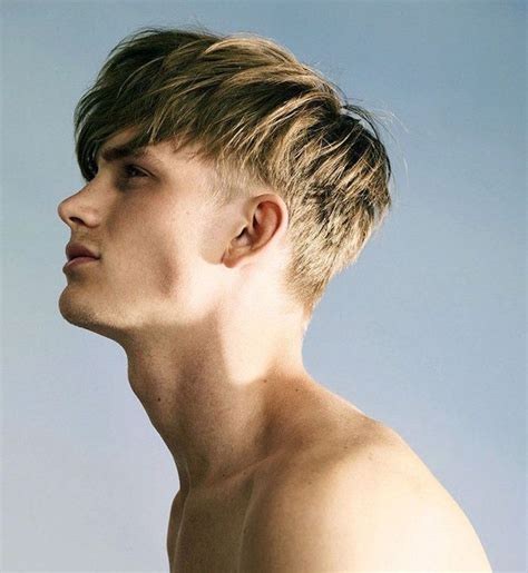 coupe de cheveux homme qui cache le front coiffure homme tendance 2018 un d 233 grad 233 d id 233 es obsigen