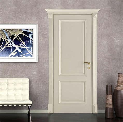 cornici per porte interne porta interna classica in legno stile veneziano con