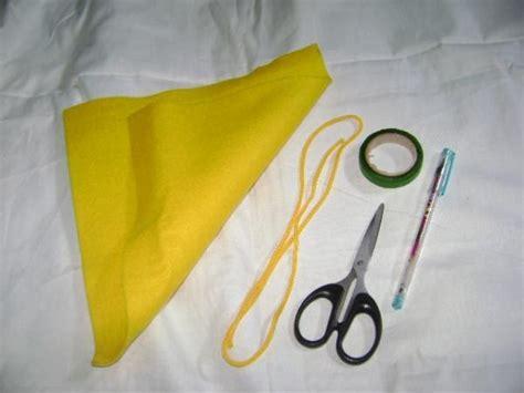 cara membuat gantungan kunci flanel emoticon asri retno cara bikin gantungan kunci dari kain flanel