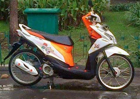 Decal Motor Honda Beat Esp X Beat Skullcandy 3 modifikasi honda beat putih velg 17 holidays oo