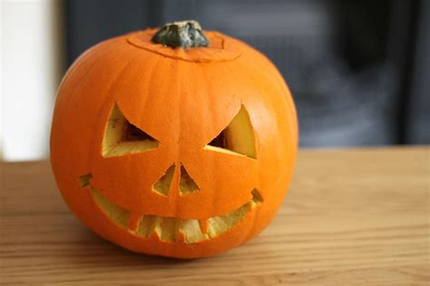 easy pumpkin carving ideas    kids day