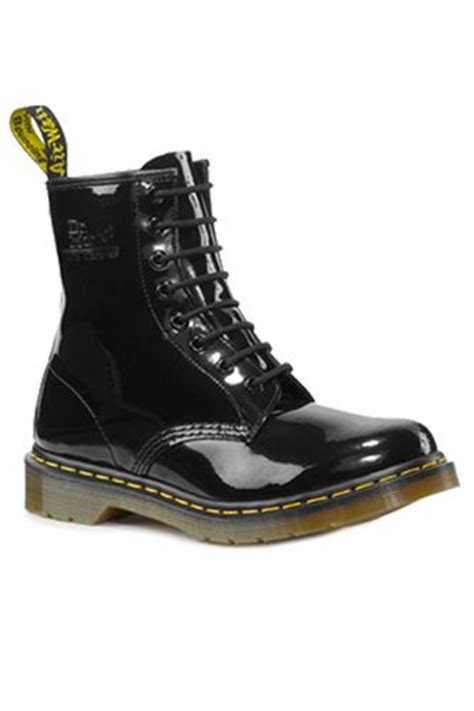 doc martin boots stitching lace and doc martens on