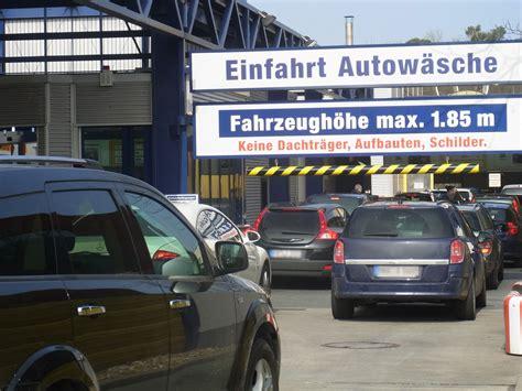 Versicherung Auto R V by Zeitfresser Auto L 228 Stige Wartezeiten Vermeiden Firmenpresse