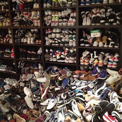 sneaker collector sneaker collection sneakerheads on instagram vs