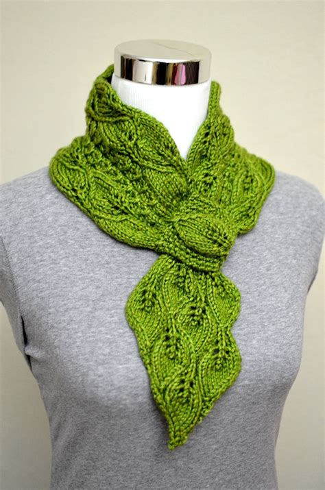 mock cable knit scarf pattern self fastening scarves and shawls knitting patterns in