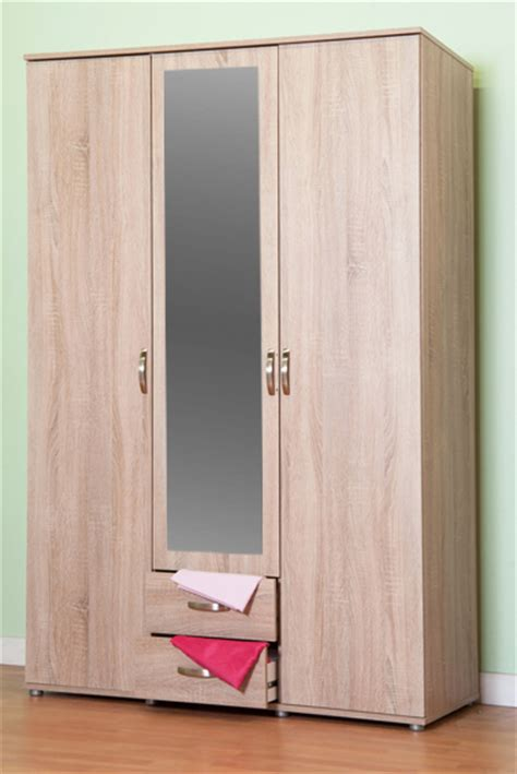 Three Door Wardrobe With Drawers by Chester Three Door 2 Drawer Wardrobe M0320