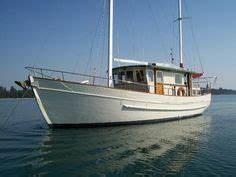is a boat considered a motor vehicle 54ft ex mfv converted to liveaboard small trawler