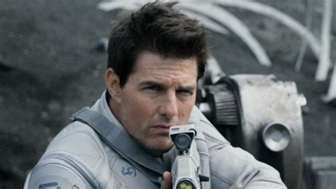 how to get tom cruises hair from oblivion tom cruise unexpected sci fi status