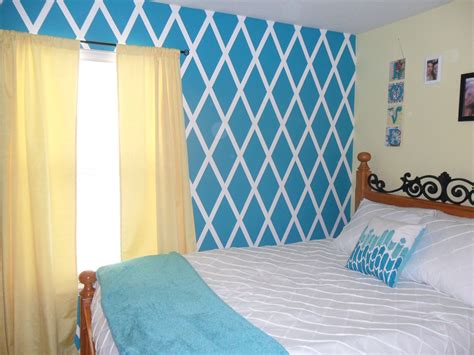wall pattern with paint diamond design painted wall diy decore pinterest
