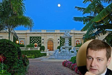 russian mogul buys donald trump s palm beach home for 95 russian investors buying real estate