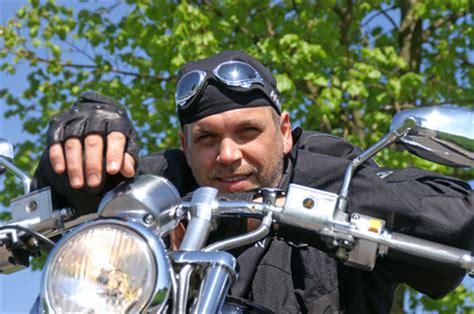 Cross Motorrad Gegen Diebstahl Versichern by Kfz Versicherungen F 252 R Motorr 228 Der Die Richtige