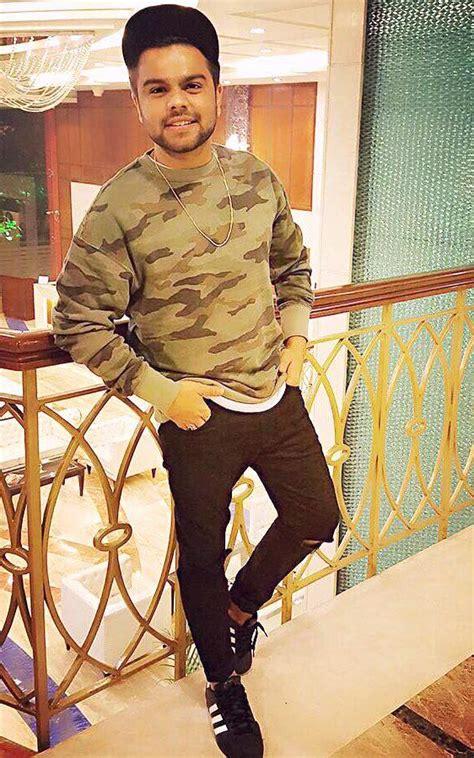 Pacific Kitchen Staten Island by Singer Akhil Photo Akhil Pasreja Punjabi Singer Wiki Bio