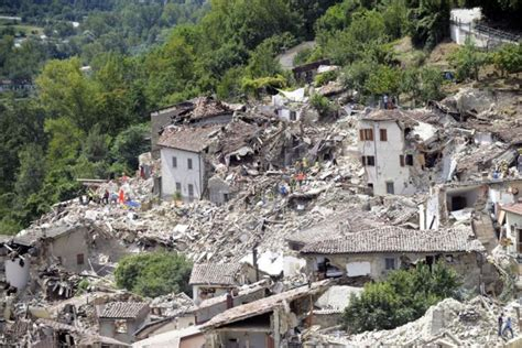 earthquake architecture experts fear massive losses of historic italian