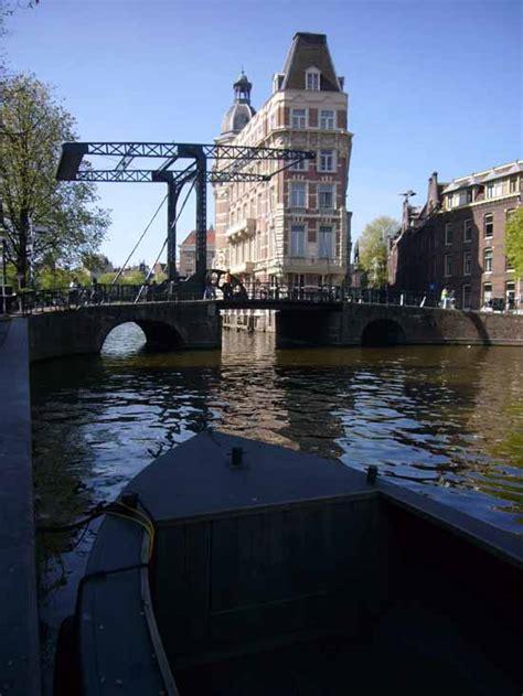 amsterdam canal buildings dutch architecture  architect