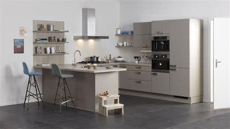 bruynzeel badkamer kleuren bruynzeel keuken kleur leem informatie over de keuken